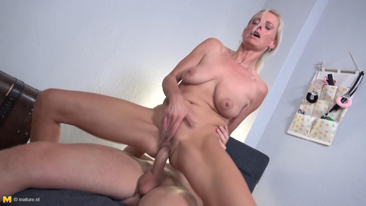 Milf for black